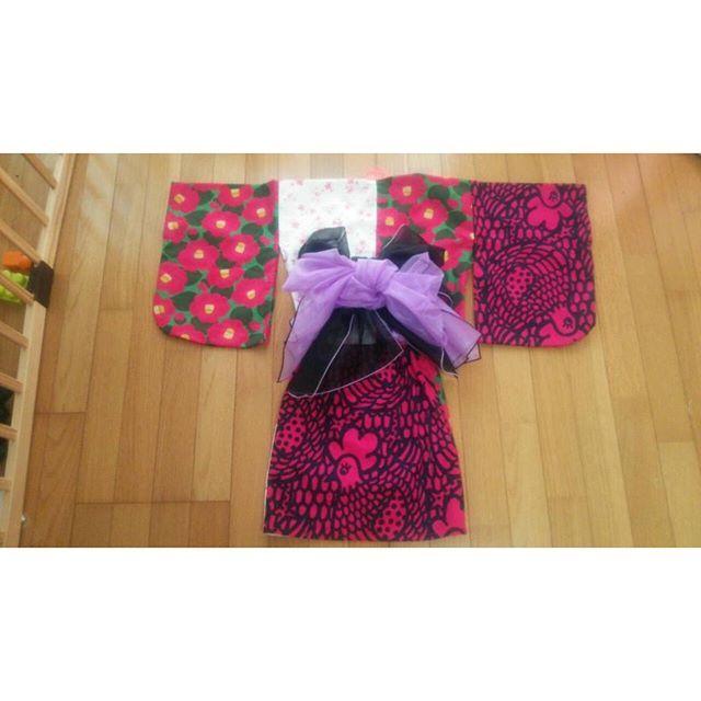 【shiho_mimi】さんのInstagramをピンしています。 《後ろ。  #ハンドメイド#ハンドメイド子供服#浴衣#セパレート式浴衣#ミシン部#記録#1歳1ヶ月#女の子#80#90#椿#TSUBAKI#にわとり#桜#ベビー服#handmade#手作り子供服》