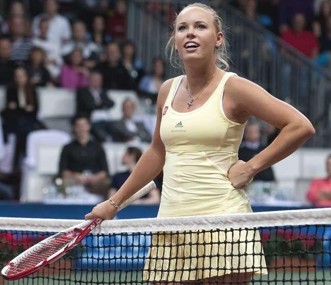 Caroline*Wozniacki-in-adidas-original-sports-wear-photo!.. Caroline Wozniacki Sees a Blue Snow Flake!.. ;)) <3