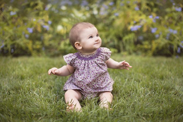 This timeless baby set includes a hand-smocked blouse and a bloomer. This is a perfect anytime gift.