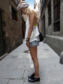 The Turban   #Turban   #Barcelona   #Spain   #Flower #Print   #Suite   #Blanco#Denim   #Jeans   #Shorts   #Dior   #Pearls   #Hermes   #Collierdechien   #Bracelet   #Rayban   #Sunglasses   #Vest   #Zara#Brandy   #Melville   #VictoriasSecret   #Top
