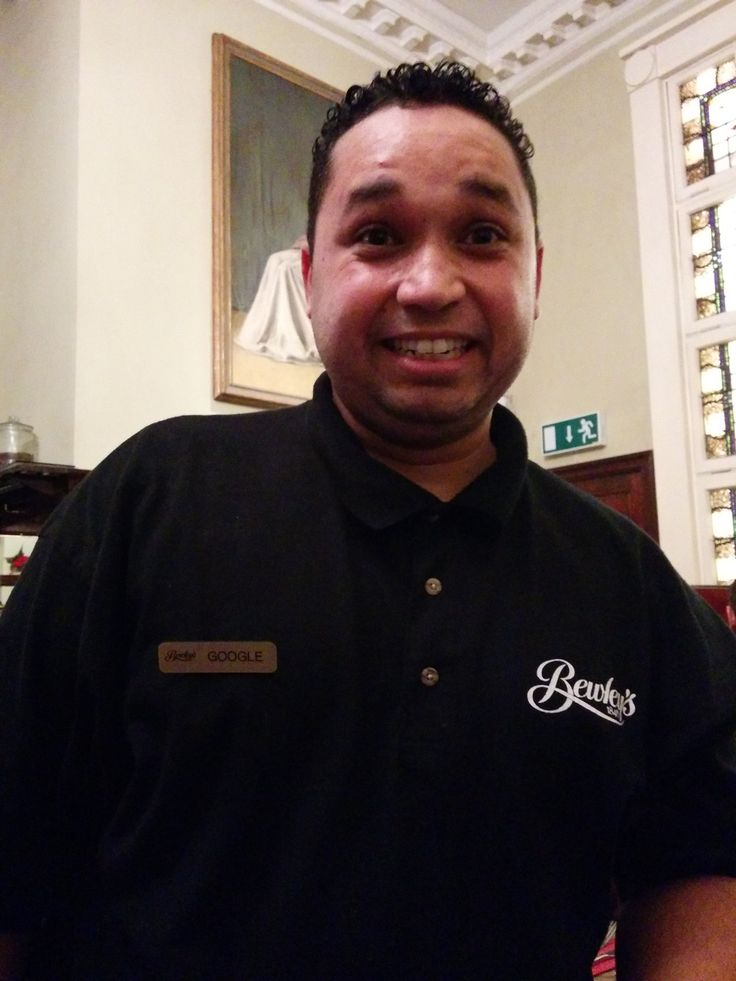 Waiter in Bewleys cafe in Grafton Street, Dublin. Check out his name tag - it says Google! :)