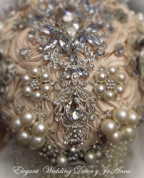 PEARL BROOCH BOUQUET Custom Brooch bouquet with multi pearl
