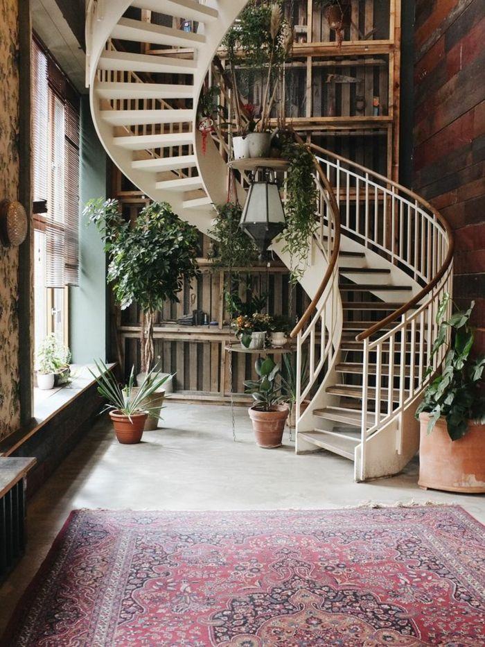 M s de 25 ideas incre bles sobre barandillas escaleras en for Escalera caracol interior casa