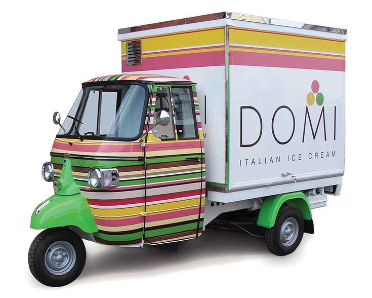 Ice-Cream Piaggio Van - Domi More