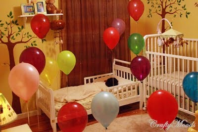 Oh, I would love to surprise my babies with balloons on their birthday.  What a fun thing to wake up to!