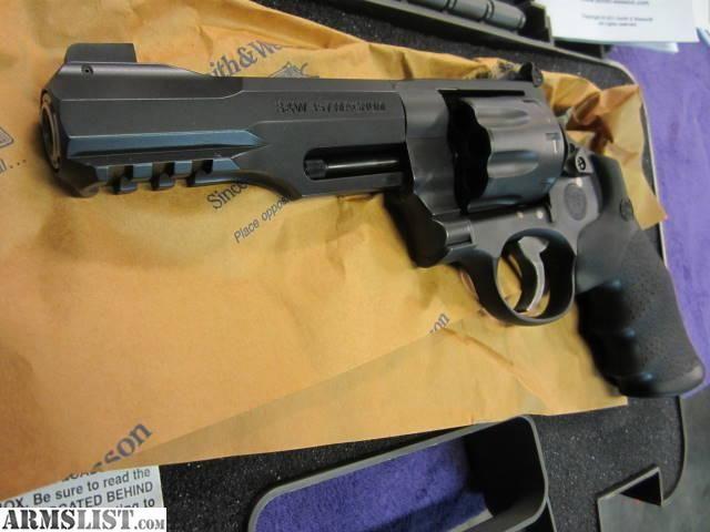 SW 8 Shot 357 | ... Wesson S&W 327 Performance Center R8 8-shot!!!! 357 Magnum Revolver