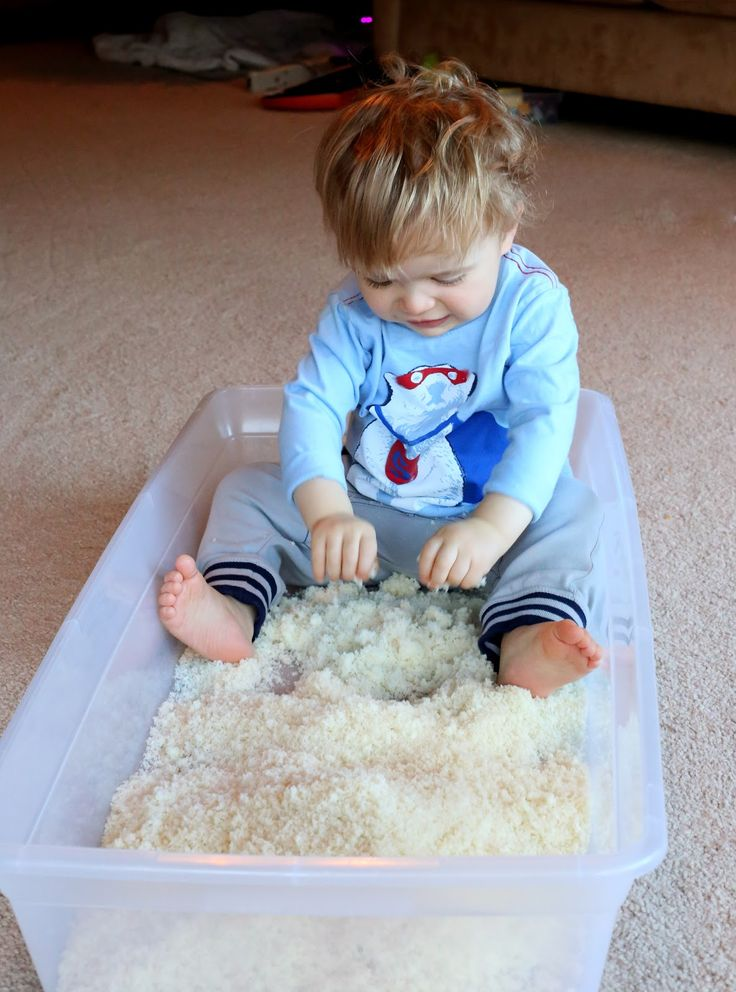 Edible Pretend Snow for Winter Sensory Play - safe for babies and toddlers!  From Fun at Home with Kids