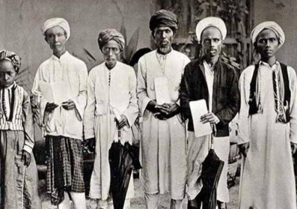 Foto Langka Jemaah Haji Asal Indonesia Tahun 1880-an