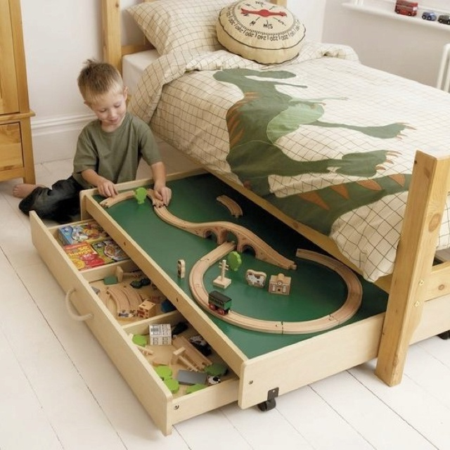 1000+ images about Kids Train Table on Pinterest