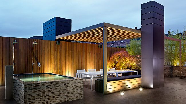 Zeer mooie lounge corner top voorbeeld met beweegbaar dak tuinhuizen tuinaanleg - Moderne hoek lounge ...