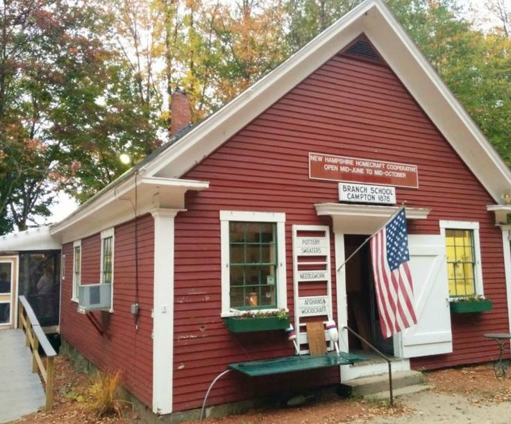 The Little Red Schoolhouse Restaurant In New Hampshire Feels Like A Treehouse