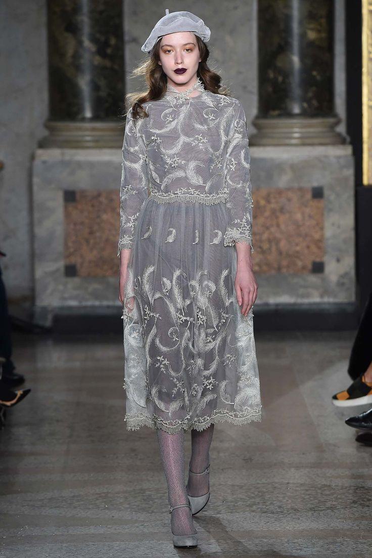 aclockworkpink: Luisa Beccaria F/W 2015, Milan Fashion Week