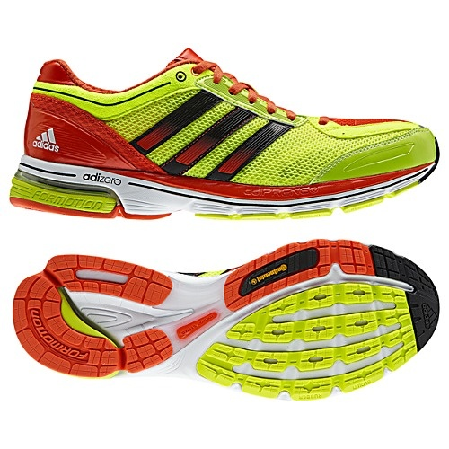 Pull on the men's adiZero Boston 3 shoes by adidas and you'll already be well on your way to qualifying. These premium running shoes have a FORMOTION® design that brings your foot in for a smooth comfortable landing, a breathable air mesh upper and TORSION® midfoot support.