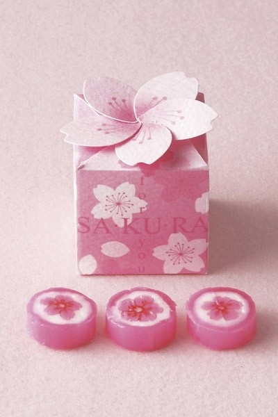 Sakura Candy and Package