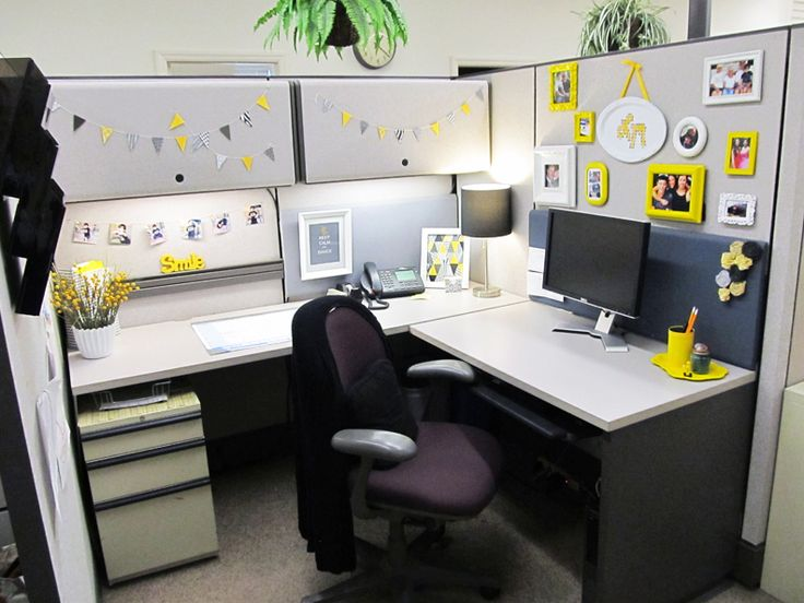 Cheerful Office Cubicle Decor Dissolving Your Boredom - http://www.ruchidesigns.com/cheerful-office-cubicle-decor-dissolving-your-boredom/