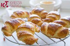 Przepis na ciasto francuskie. Francuskie rogaliki drożdżowe. Przepis i zdjęcia na croissant
