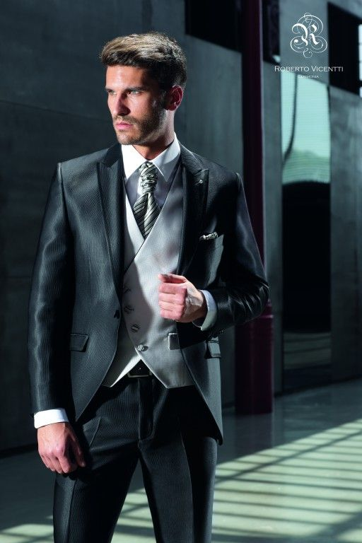 Nos encanta este novio de Roberto Vicentti. #Moda #Novios #Ceremonia #Boda #Fashion