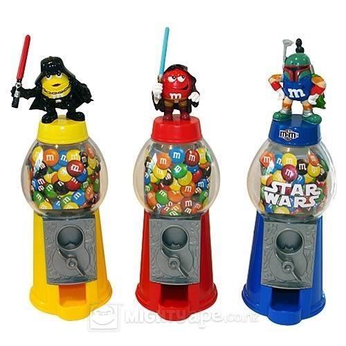 Star Wars M's Candy Dispenser - Boba Fett images, image 2 of 2