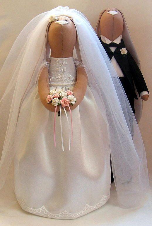 Hey, I found this really awesome Etsy listing at https://www.etsy.com/pt/listing/185090558/wedding-bunnys-custom-tilda-doll