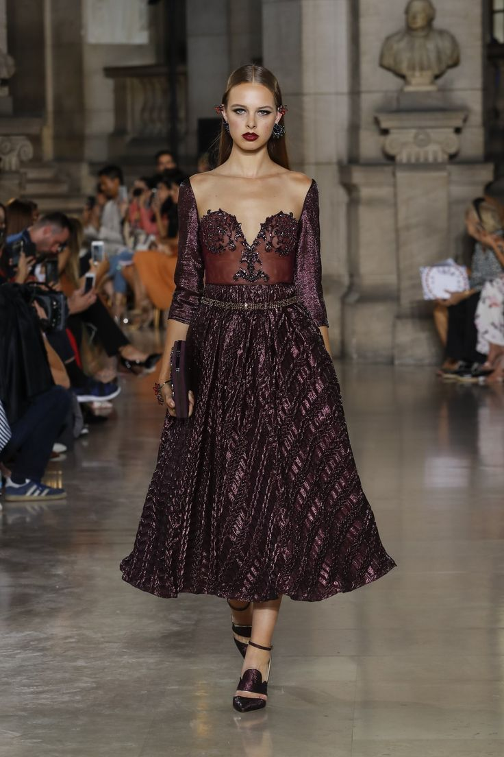 Georges Hobeika | Haute Couture Fall-Winter 2017-18 | Look 22