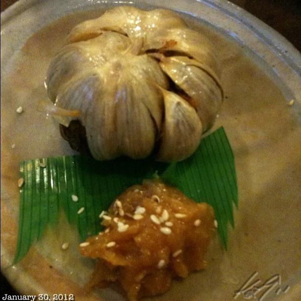 ニンニク丸揚げ #garlic #japanese #food #izakaya #philippines