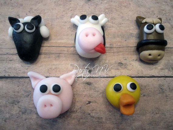 EDIBLE (Fondant Cupcake Toppers) - Farm Animals