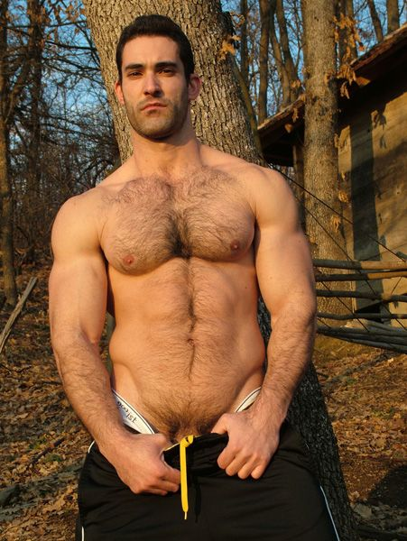 d lo single gay men Out personals is the premier gay dating website for gay men to find other men for sex dates and hookups if you want one man or many men for no strings sex, out personals is the gay site for.