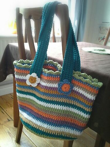 Ravelry: Jolly Chunky Bag pattern by Lucy of Attic24 | Crochet bag pattern free, Crochet bag pattern, Crochet bag