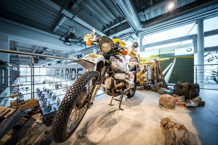 BMW motorcycle centre, Munich (Germany) #shop #retail #lighting #bmw #motorcycle #beleuchtung #licht #motorrad