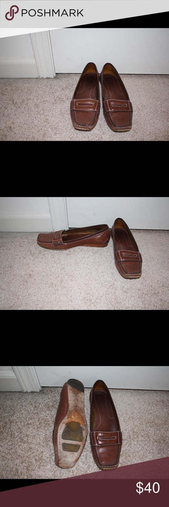 Cole Haan Loafers Slightly worn Cole Haan leather loafers! Size 8 Cole Haan Shoes Flats & Loafers