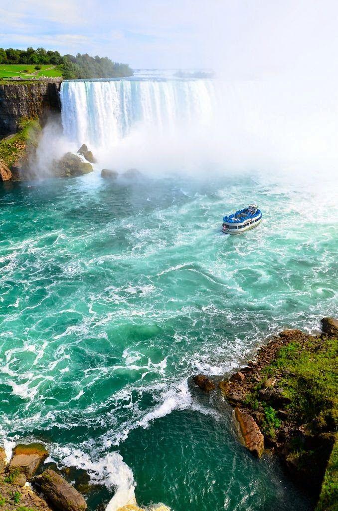 雄大な自然に圧倒されそう。ナイアガラの滝。トロント 旅行・観光のおすすめスポット!