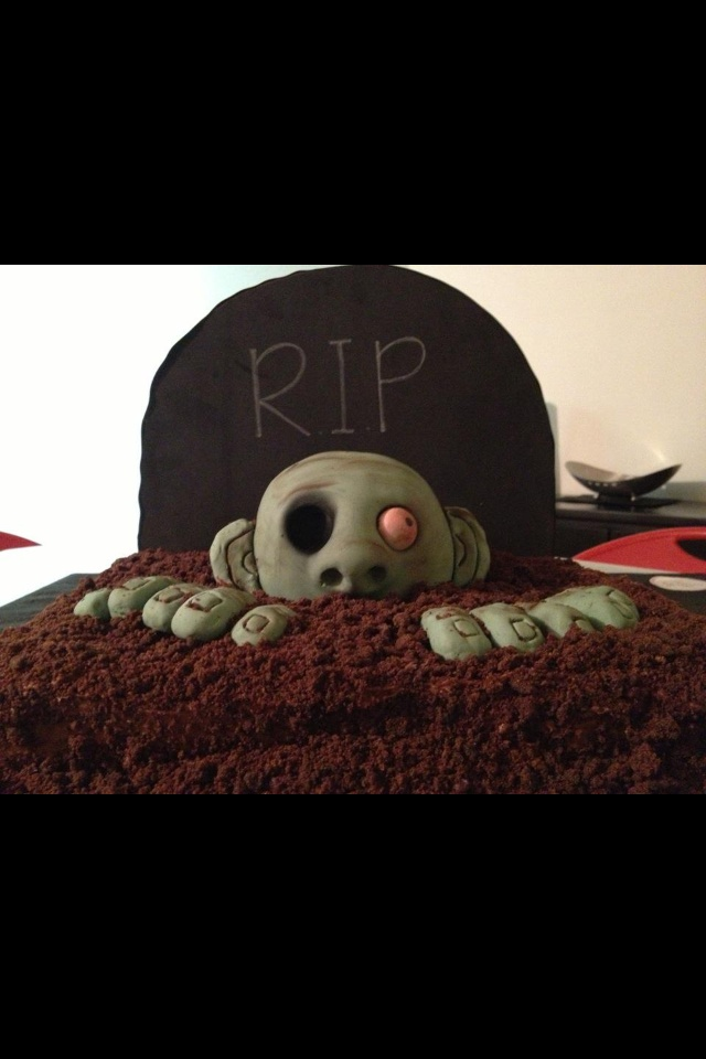 Zombie Cake  ..having a hard time deciding so for now, i'm pinning all the good ones i find lol!