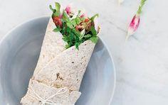 Få opskriften på Healthy Skinny Bitch' sunde tortillawrap med kylling