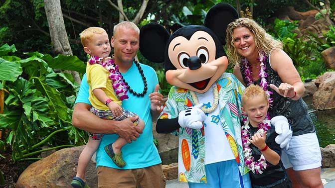 Today's guest review is provided by Kristen Papiez who took her family to Disney's Aulani in Hawaii earlier this year. I've edited the photos slightly, but the photos and story are all hers. My f...