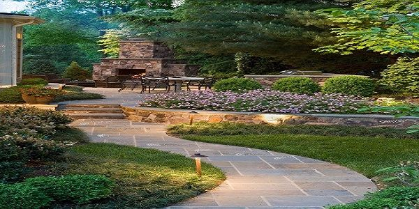 Beautiful DIY Summer Backyard with Stone Pathway