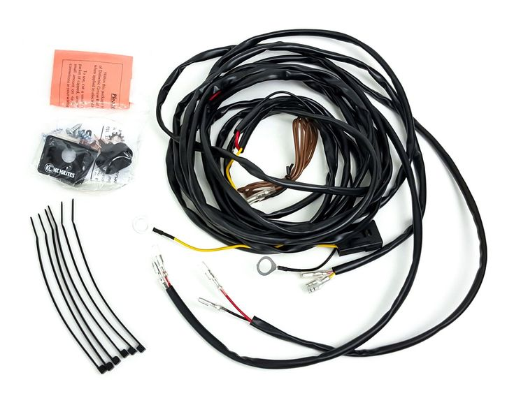 Universal wiring harness for 2 cyclone led lights 63082