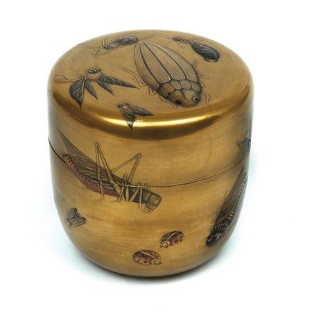 A Japanese gold lacquer tea caddy (chaire), Meiji period,… - Tea Caddies - Precious Objects - Carter's Price Guide to Antiques and Collectables
