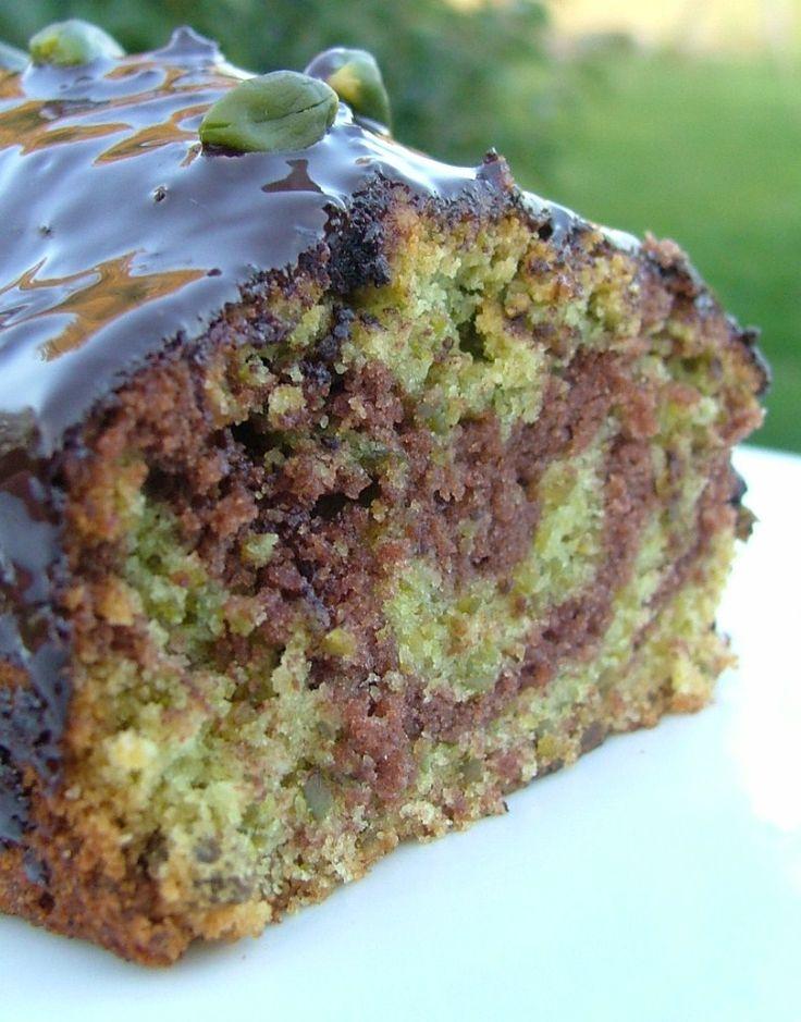 Cake marbré chocolat & pistache, glacé au chocolat noir