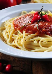 Rachael Ray showed us her Spaghetti with Artichokes and Tuna Recipe.