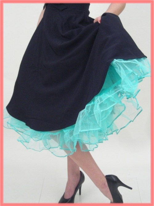Top 25 ideas about petticoats on pinterest rockabilly for Petticoat under wedding dress