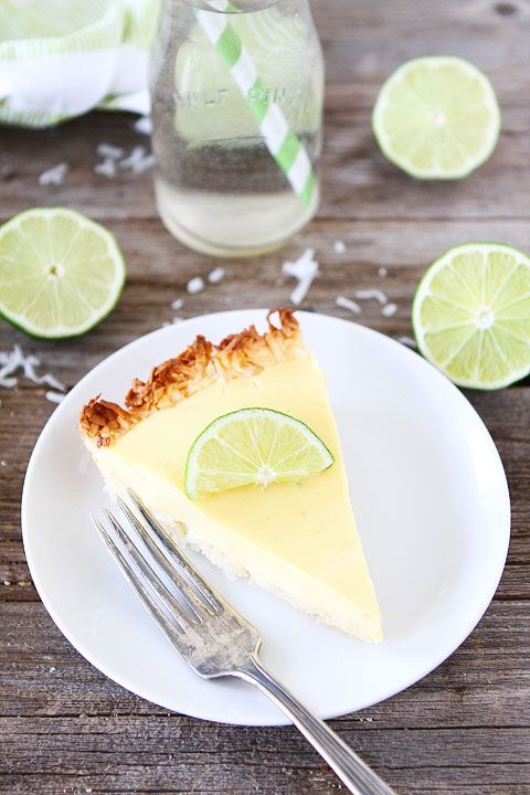 Key Lime Pie with Coconut Macaroon Crust | #glutenfree #grainfree