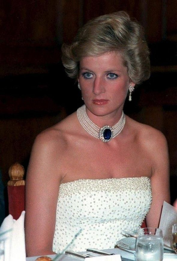 MOST EXPENSIVE JEWELRY: PRINCESS DIANA JEWELRY COLLECTION | #jewelry #jewels #baselshows #limitededition #mostexpensive |  http://www.baselshows.com/most-expensive-2/most-expensive-jewelry-princess-diana-jewelry-collection