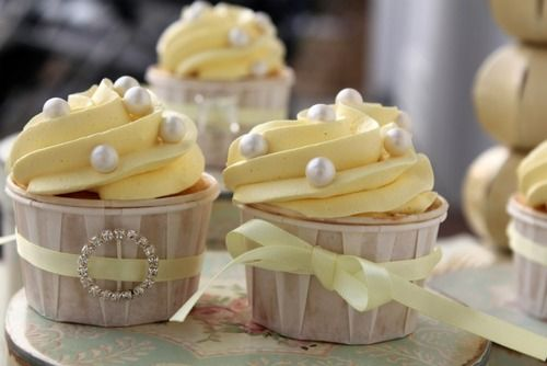 pretty yellow frosting with gray beads instead?