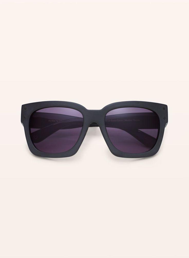 C4 Eyewear x Susie Wall SHADOW SUNGLASSES | Aritzia