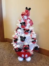 minnie mouse christmas tree - For Aubree