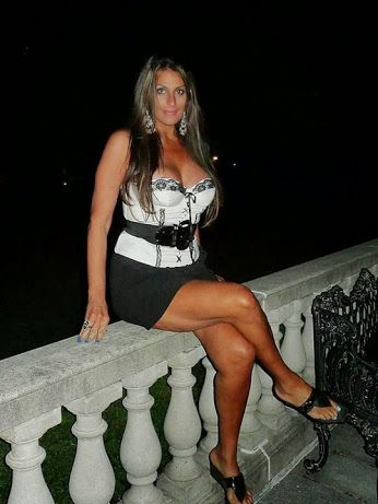 lebam cougar women Cheating asian lebam  looking 4 cougar type looking 4 older woman 2 let me cum ova and experiment all ova get body wit my tongue and dick married single.