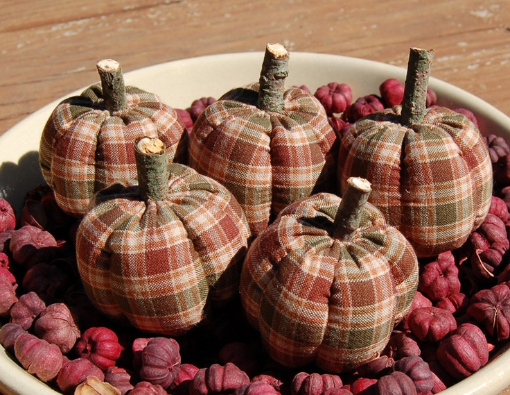 Primitive Fall Plaid Pumpkin Bowl Fillers.