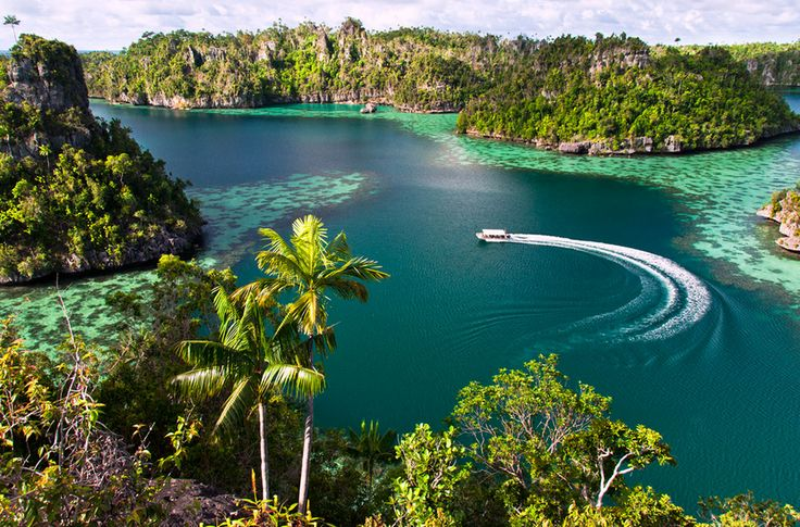 Awesome View In Raja Ampat Indonesia
