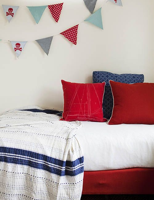 RANDWICK HOUSE | alwill  #kidsroom #interiors #bedroom #cushions #bunting