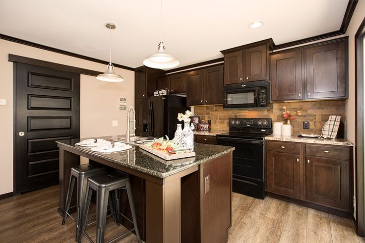 www kitchen cabinets com the patriot clayton homes kitchen the barn door on 29505